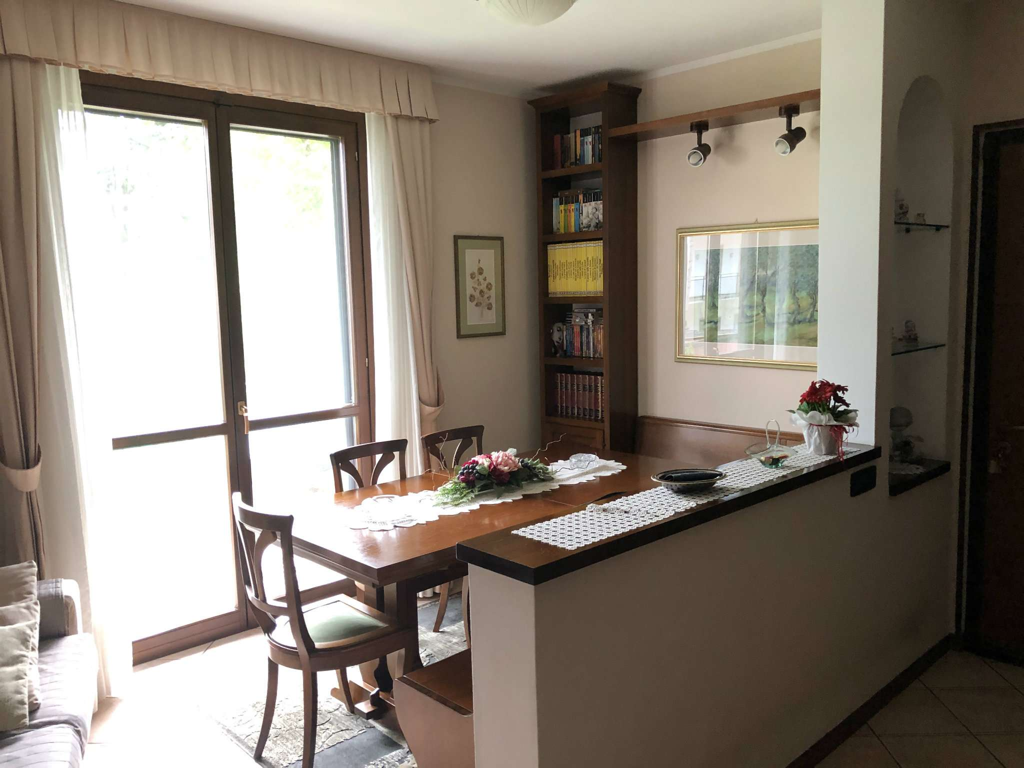 Appartamento in vendita a Cittiglio, 3 locali, prezzo € 145.000 | CambioCasa.it
