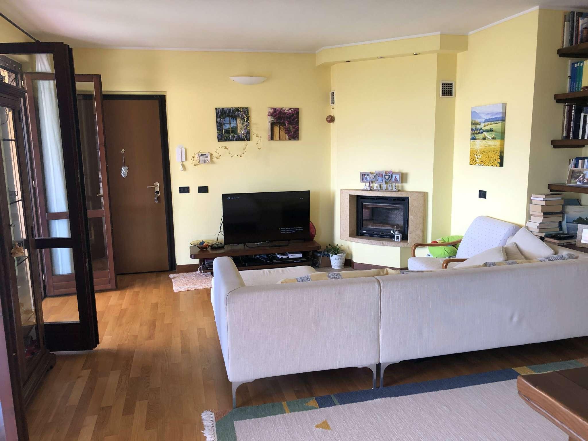 Appartamento in vendita a Gemonio, 4 locali, prezzo € 187.000 | PortaleAgenzieImmobiliari.it