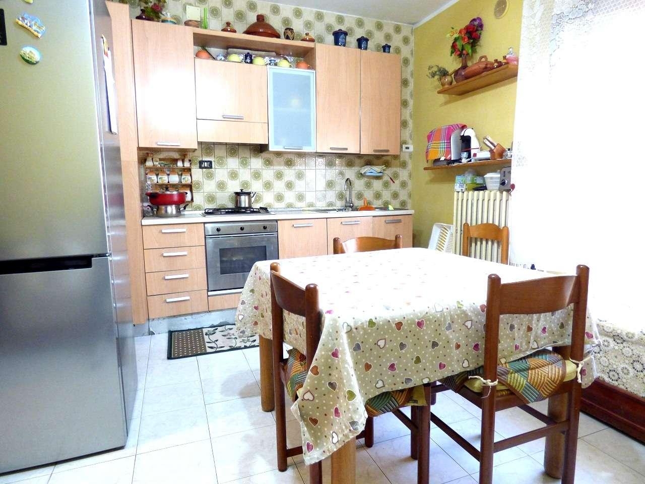 Appartamento in ottime condizioni in vendita Rif. 7018615