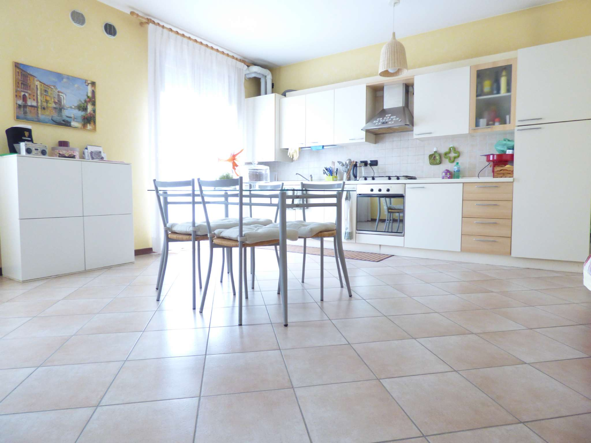 Appartamento in ottime condizioni arredato in affitto Rif. 7378029