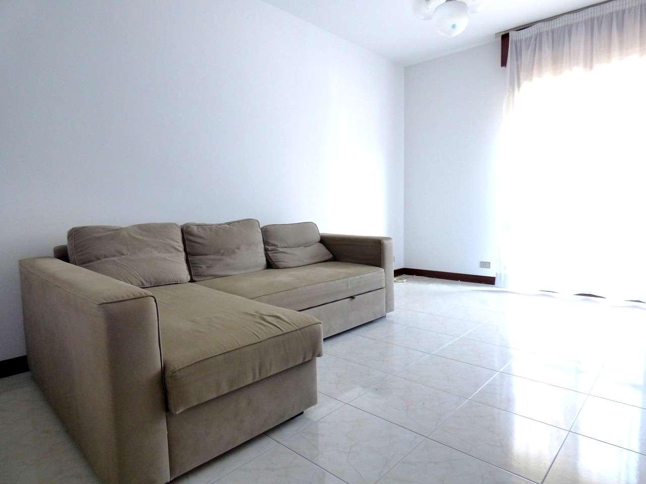 Appartamento in ottime condizioni parzialmente arredato in affitto Rif. 7760514