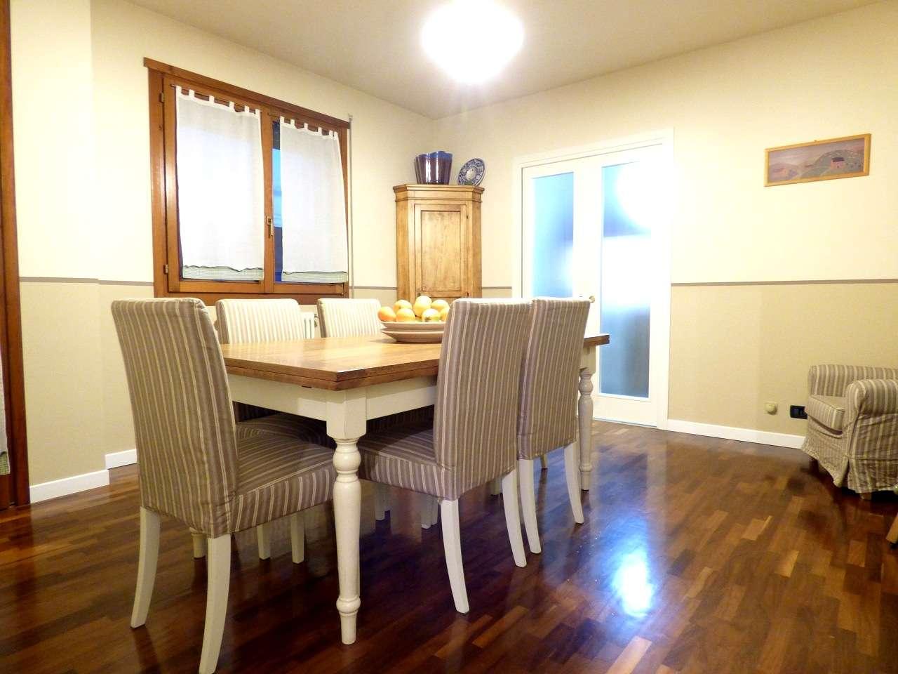 Appartamento in ottime condizioni in vendita Rif. 8595591