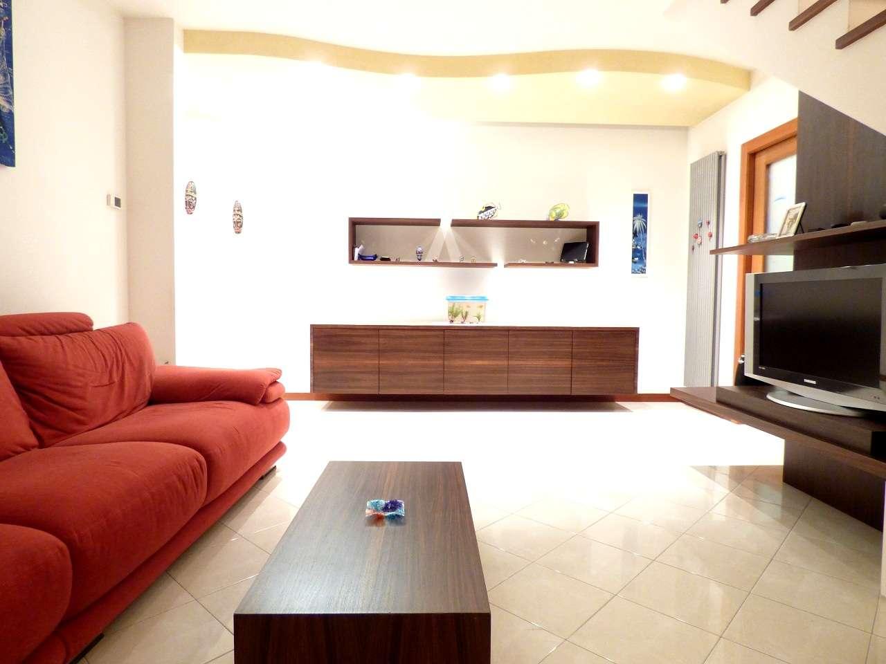 Appartamento in vendita Rif. 8832915