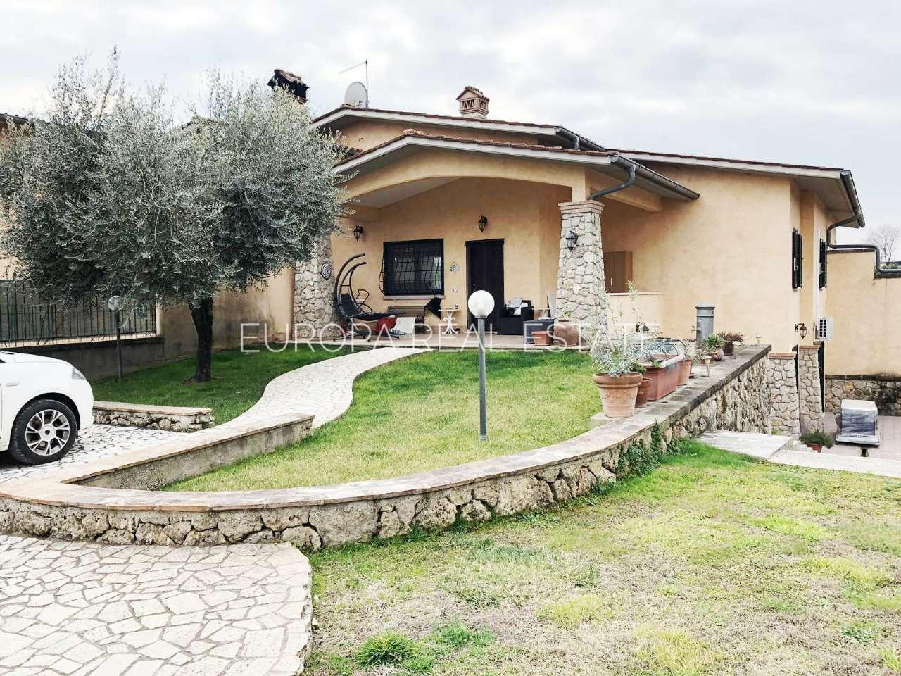 Villa Bifamiliare in Vendita a Fiano Romano