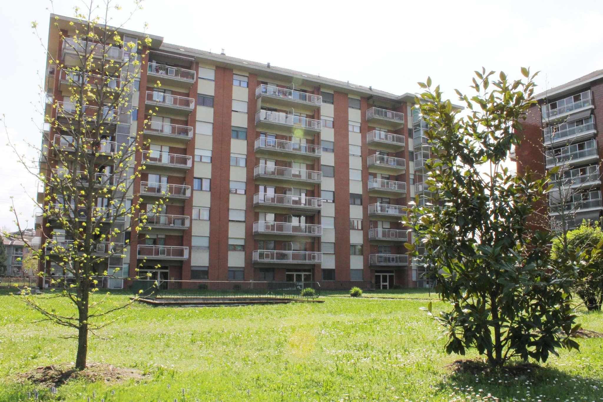 Appartamento in ottime condizioni in vendita Rif. 6433039