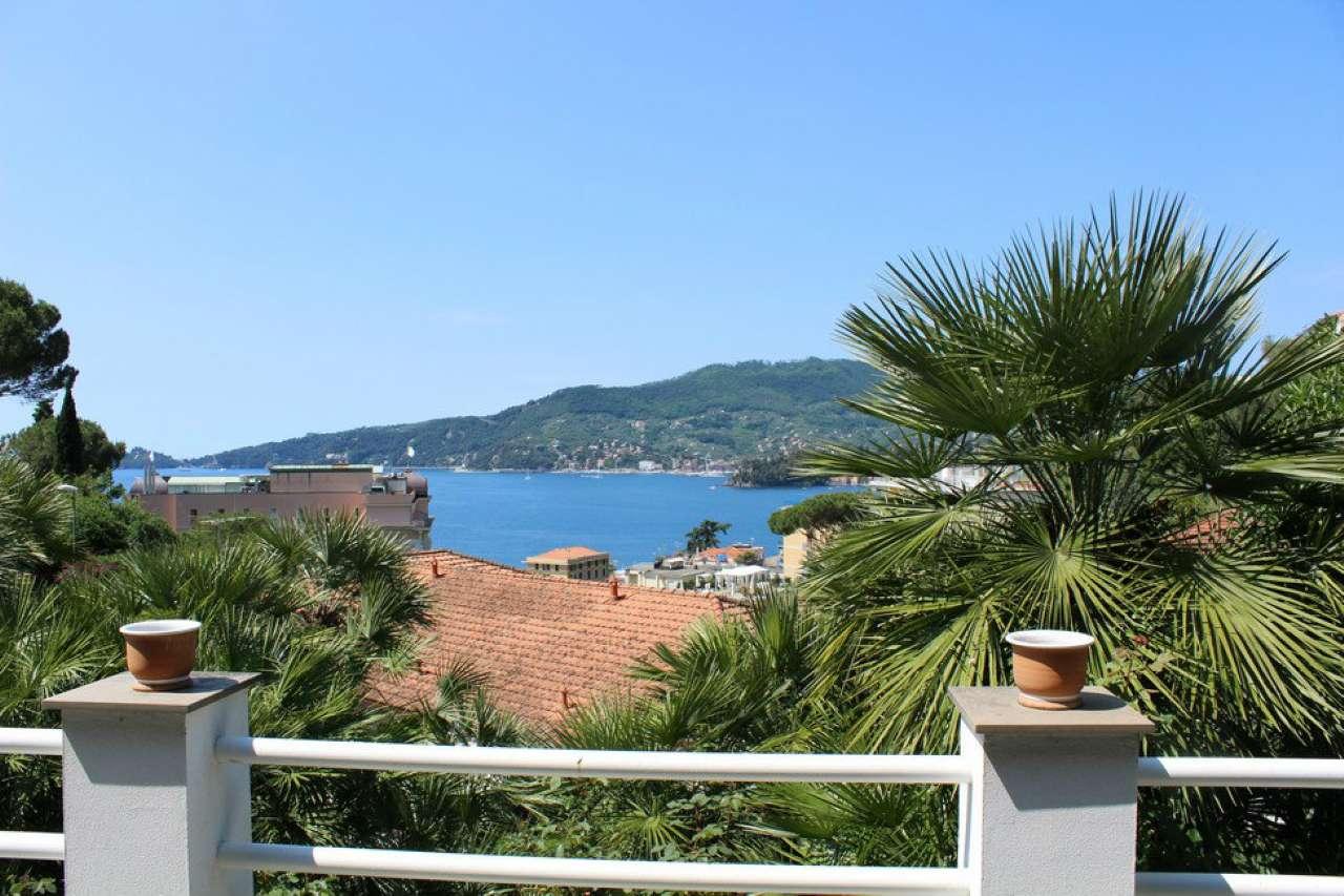 Appartamento in vendita a Zoagli, 7 locali, prezzo € 860.000   CambioCasa.it