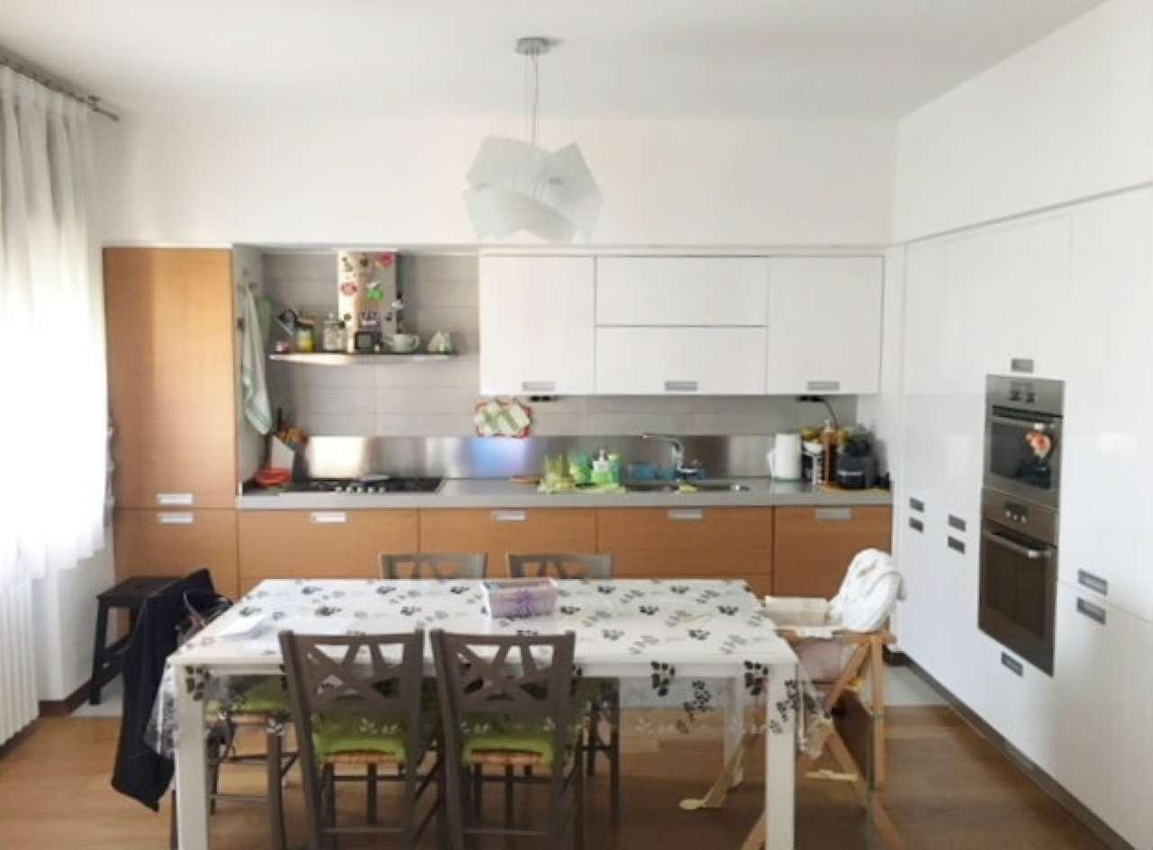Appartamento ristrutturato arredato in vendita Rif. 8664415