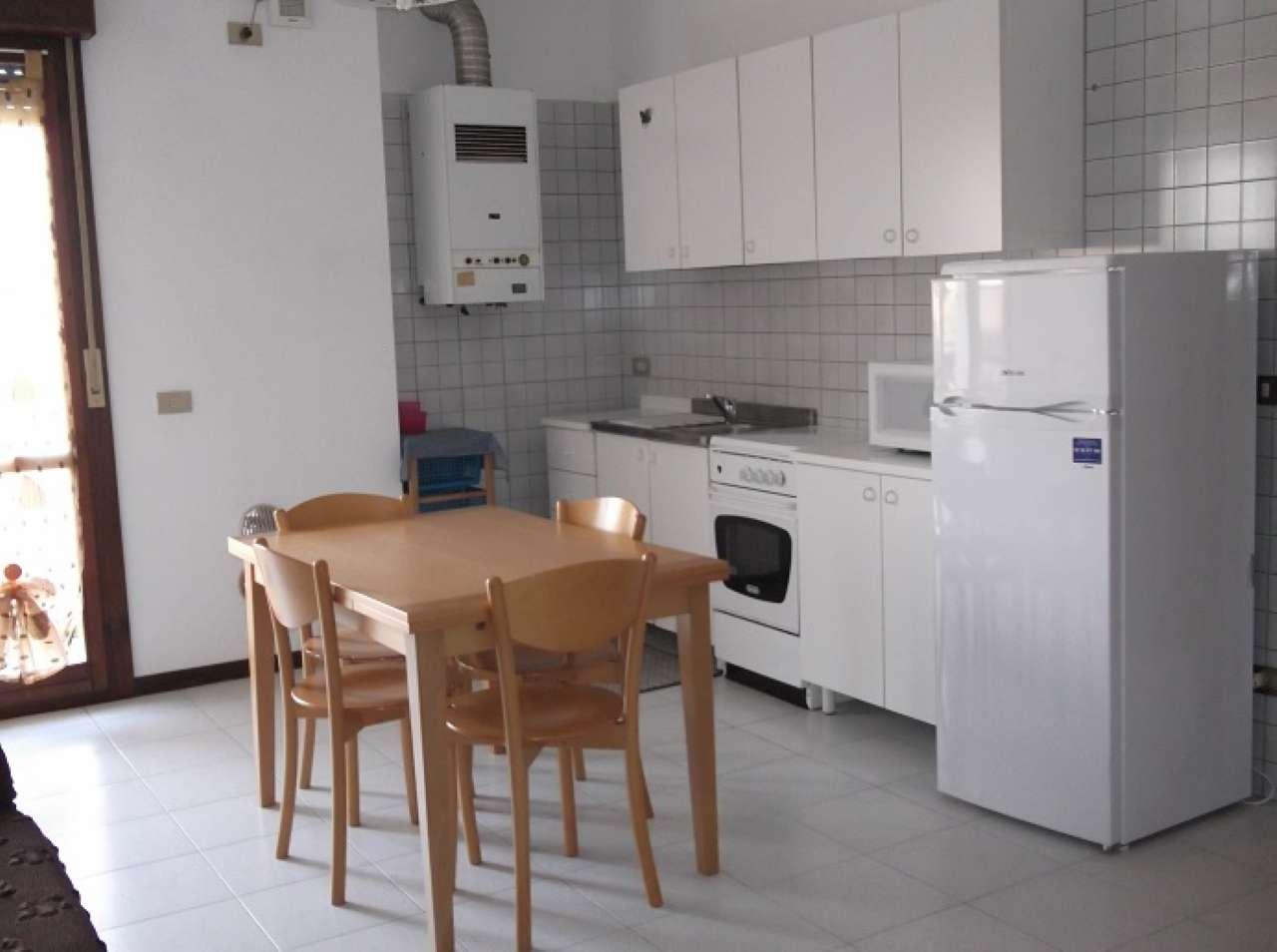 Appartamento in affitto a Mira, 3 locali, prezzo € 450   CambioCasa.it