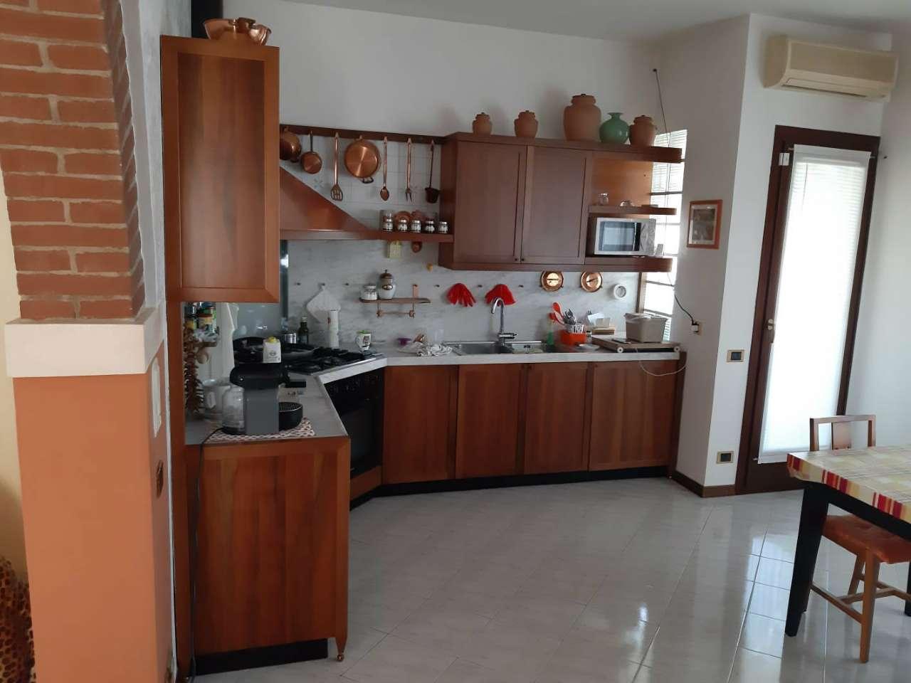 Appartamento in vendita a Mira, 5 locali, prezzo € 190.000 | PortaleAgenzieImmobiliari.it