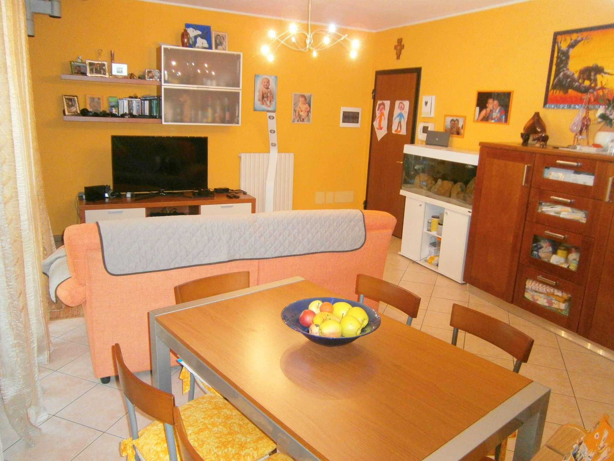 Appartamento in buone condizioni in vendita Rif. 8508722