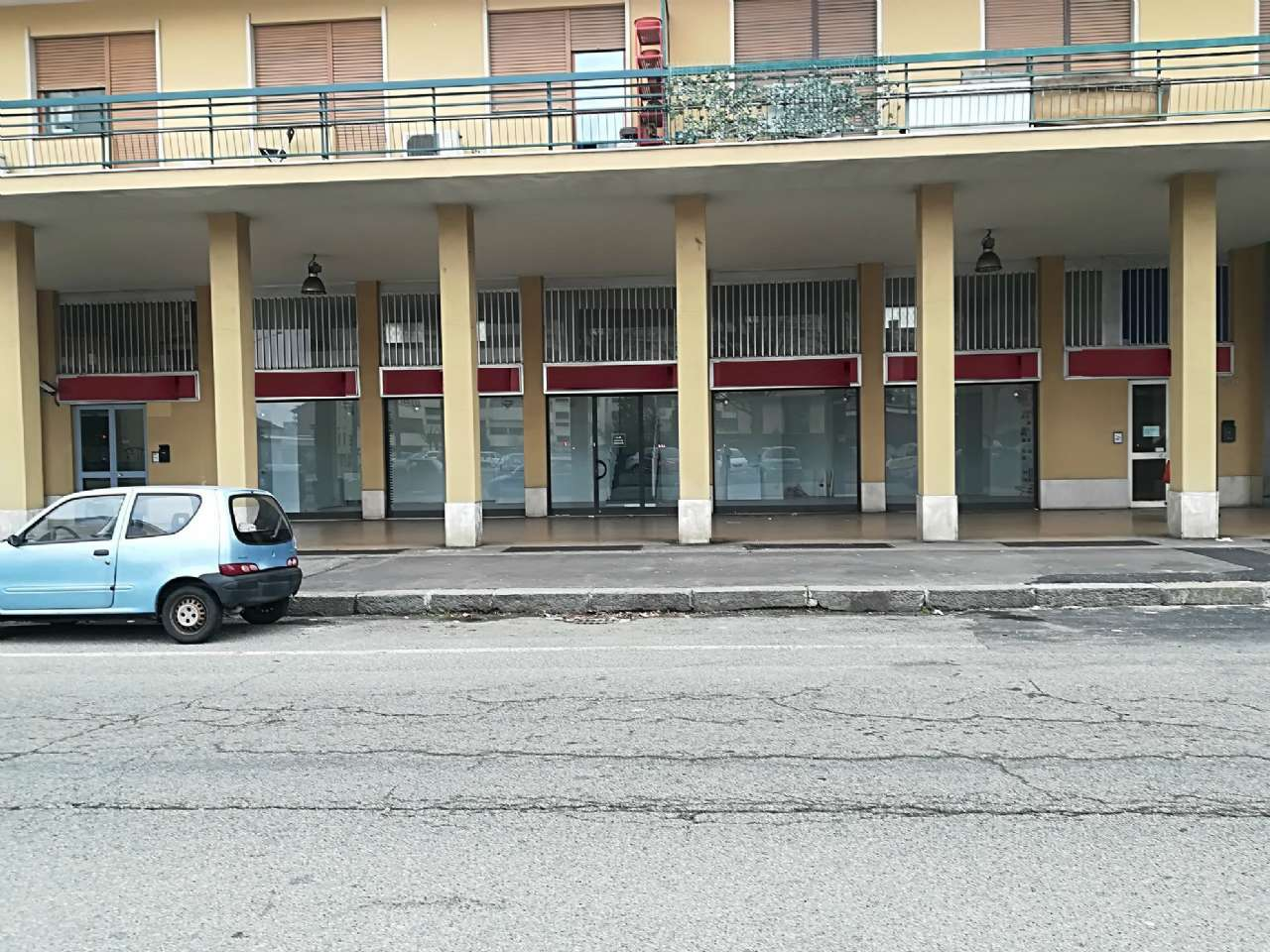 Negozio in affitto Zona Lucento, Vallette - corso lombardia 200 Torino