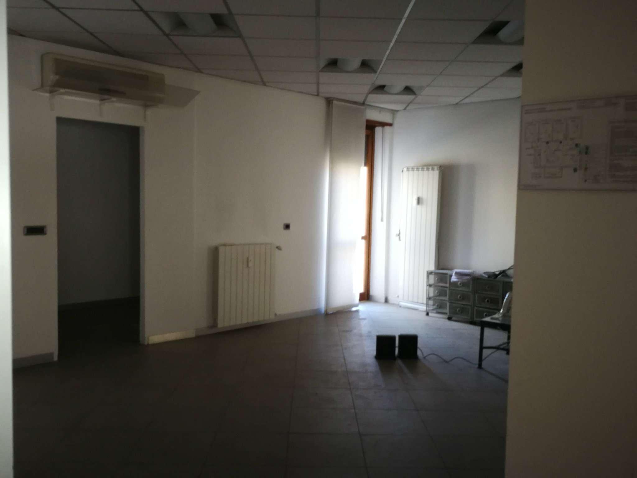 Ufficio in affitto via martiri della liberta 4 Moncalieri