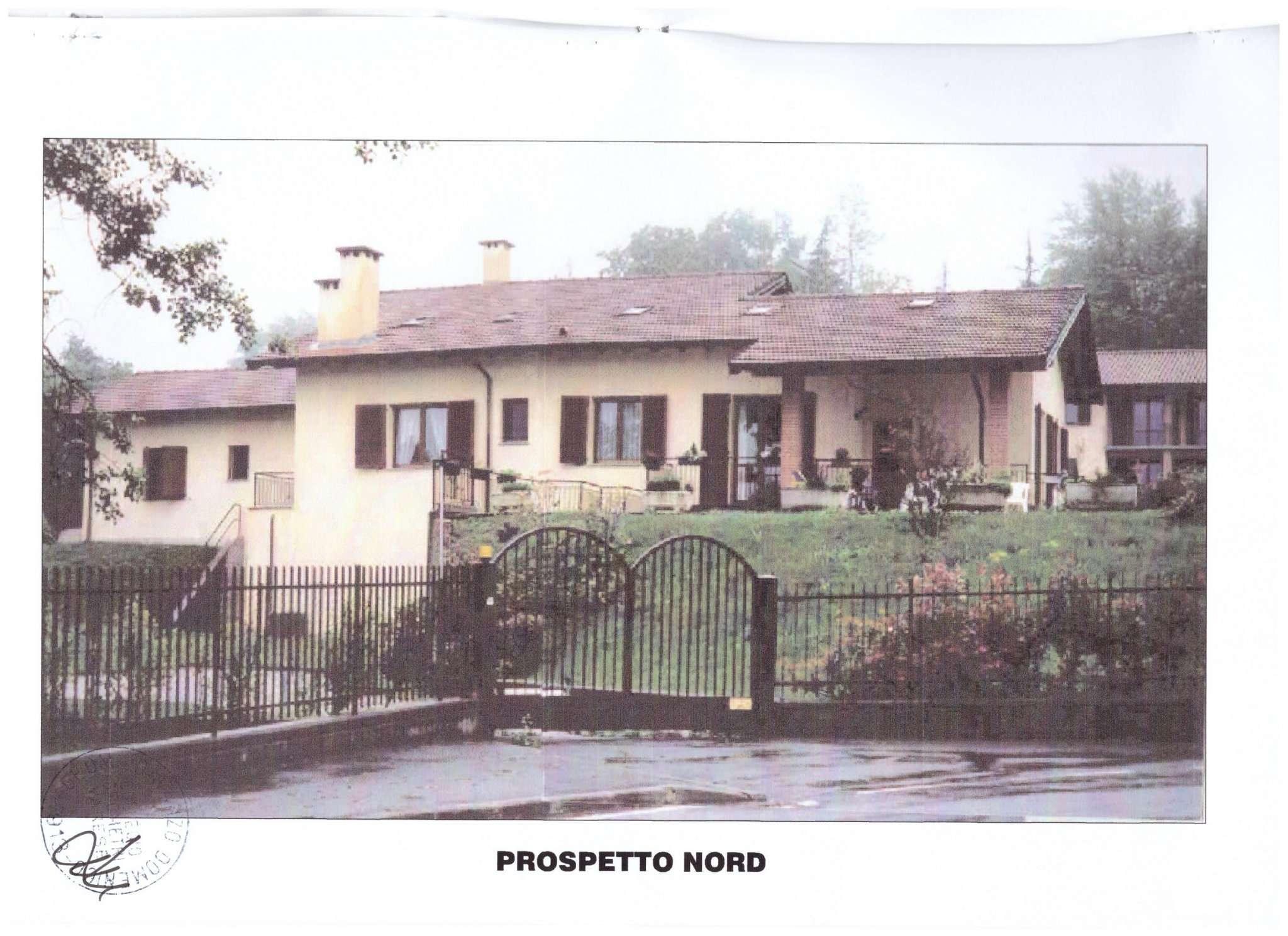 Villa Bifamiliare in Vendita a Bodio Lomnago