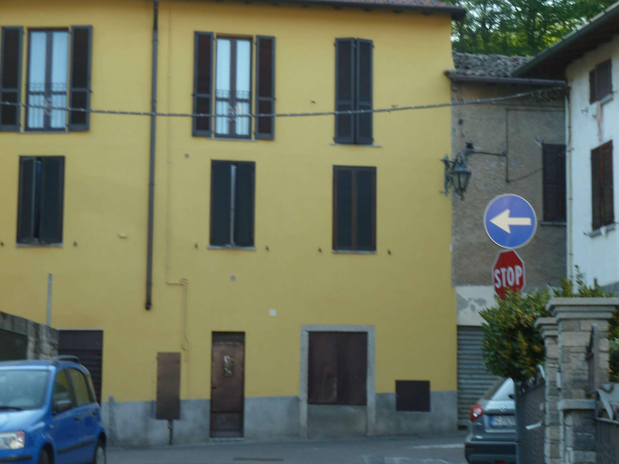 Magazzino in affitto a Gazzada Schianno, 1 locali, prezzo € 200 | CambioCasa.it