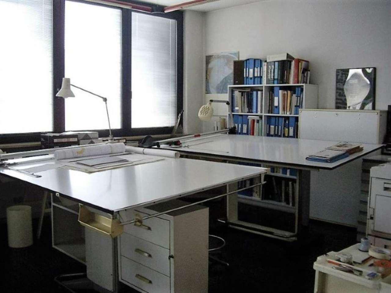 Ufficio / Studio in affitto a Treviglio, 4 locali, prezzo € 1.250 | CambioCasa.it