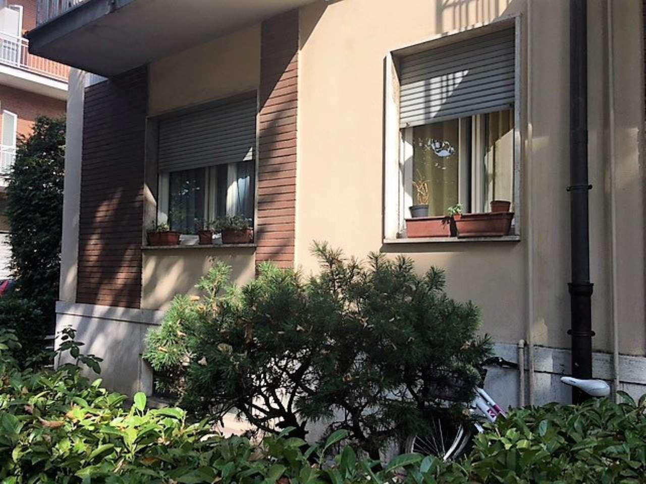 Appartamento in buone condizioni in affitto Rif. 5222099