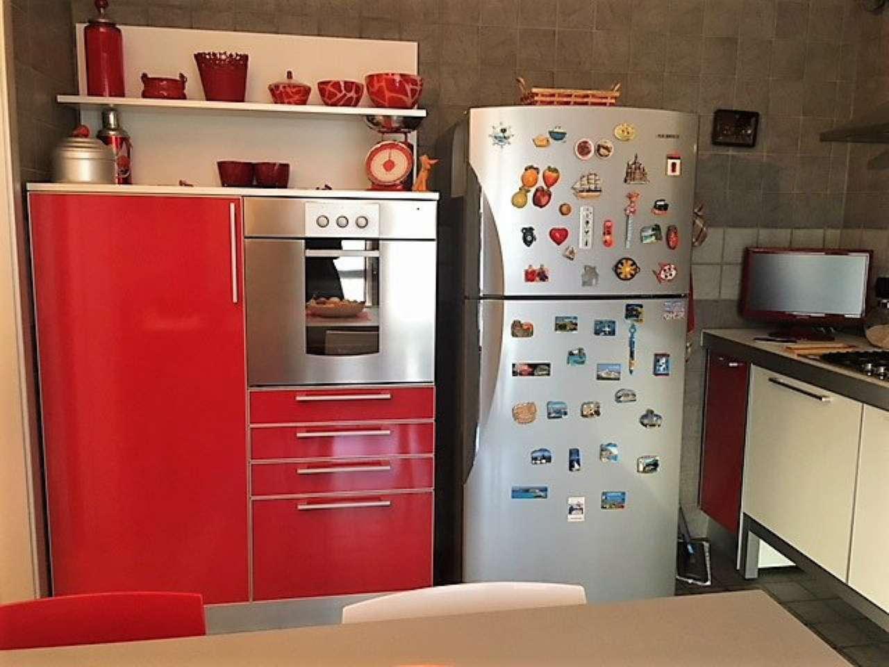 Appartamento in ottime condizioni in vendita Rif. 5222106