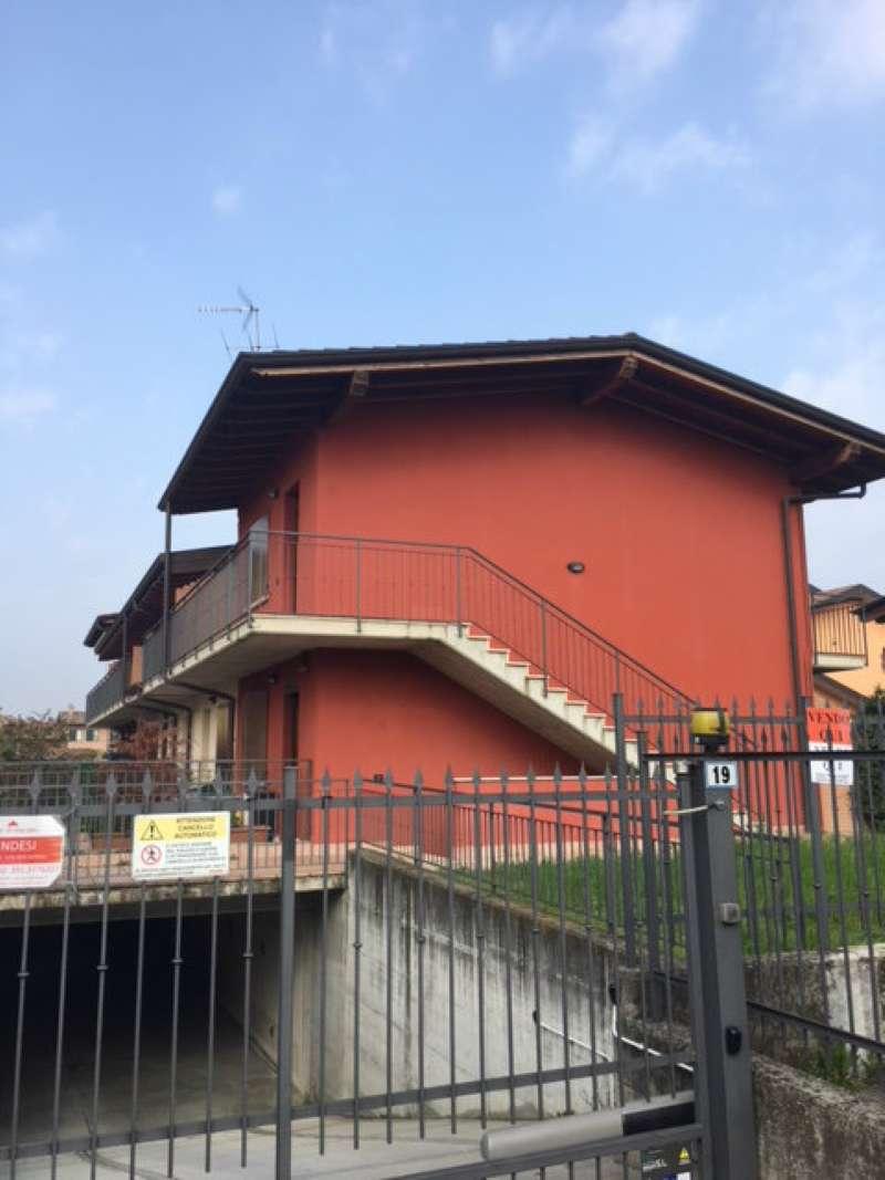 Appartamento in affitto a Pontirolo Nuovo, 3 locali, prezzo € 500 | CambioCasa.it