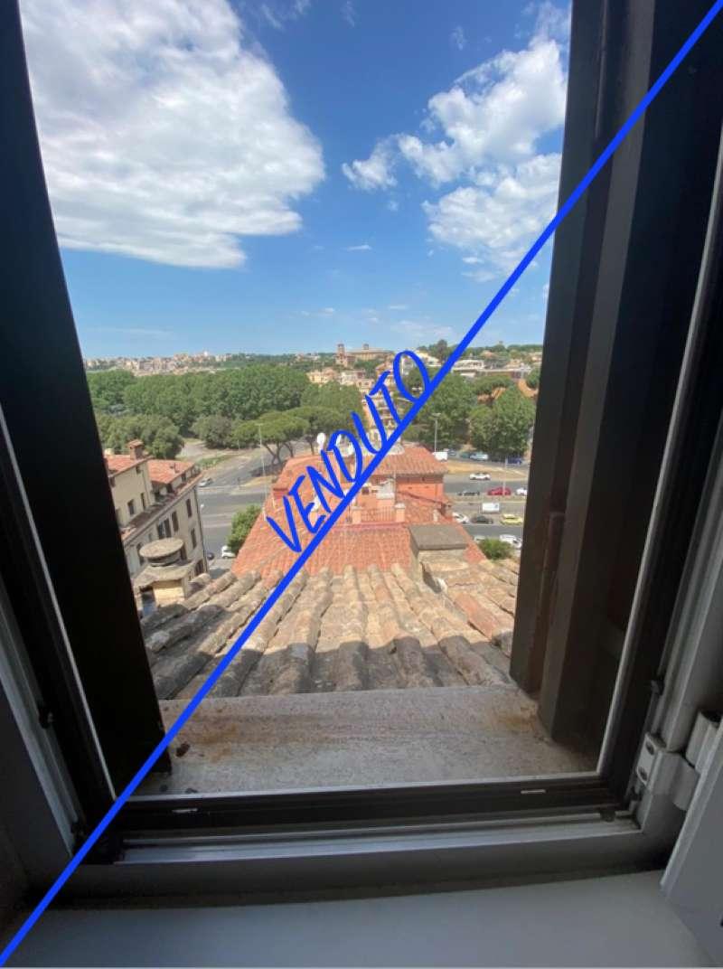 Attico / Mansarda in vendita a Roma, 5 locali, zona Zona: 17 . Aventino, San Saba , Piramide, prezzo € 1.245.000 | CambioCasa.it