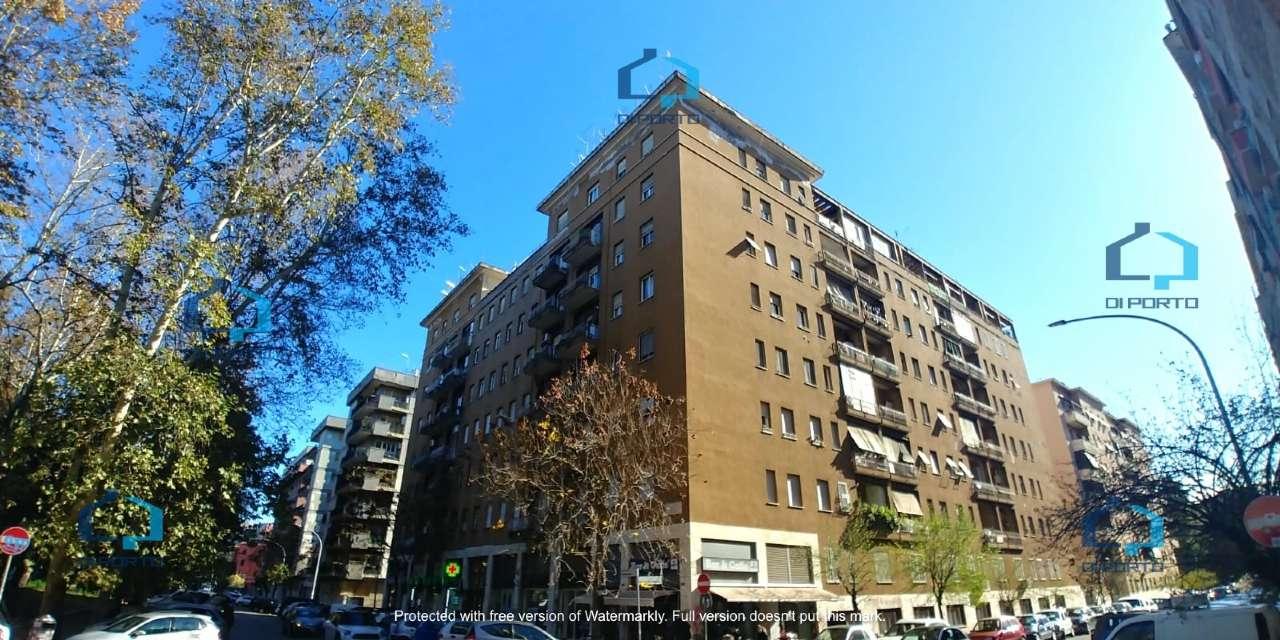 Appartamento in vendita a Roma, 2 locali, zona Zona: 19 . Colombo, Garbatella, Navigatori, Omboni, prezzo € 269.000   CambioCasa.it