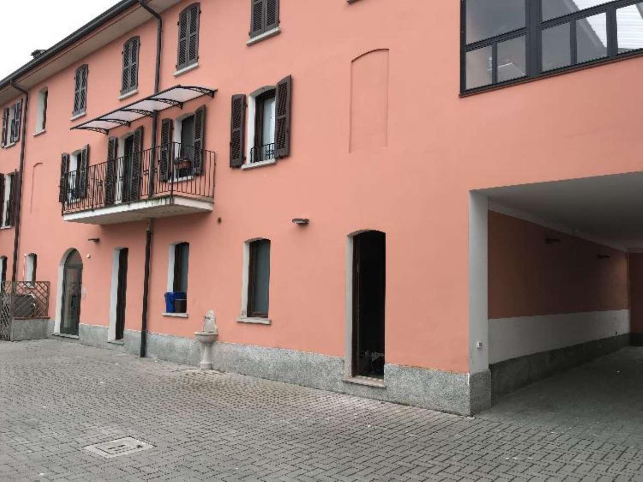 Negozio / Locale in vendita a Malagnino, 2 locali, prezzo € 65.000 | CambioCasa.it