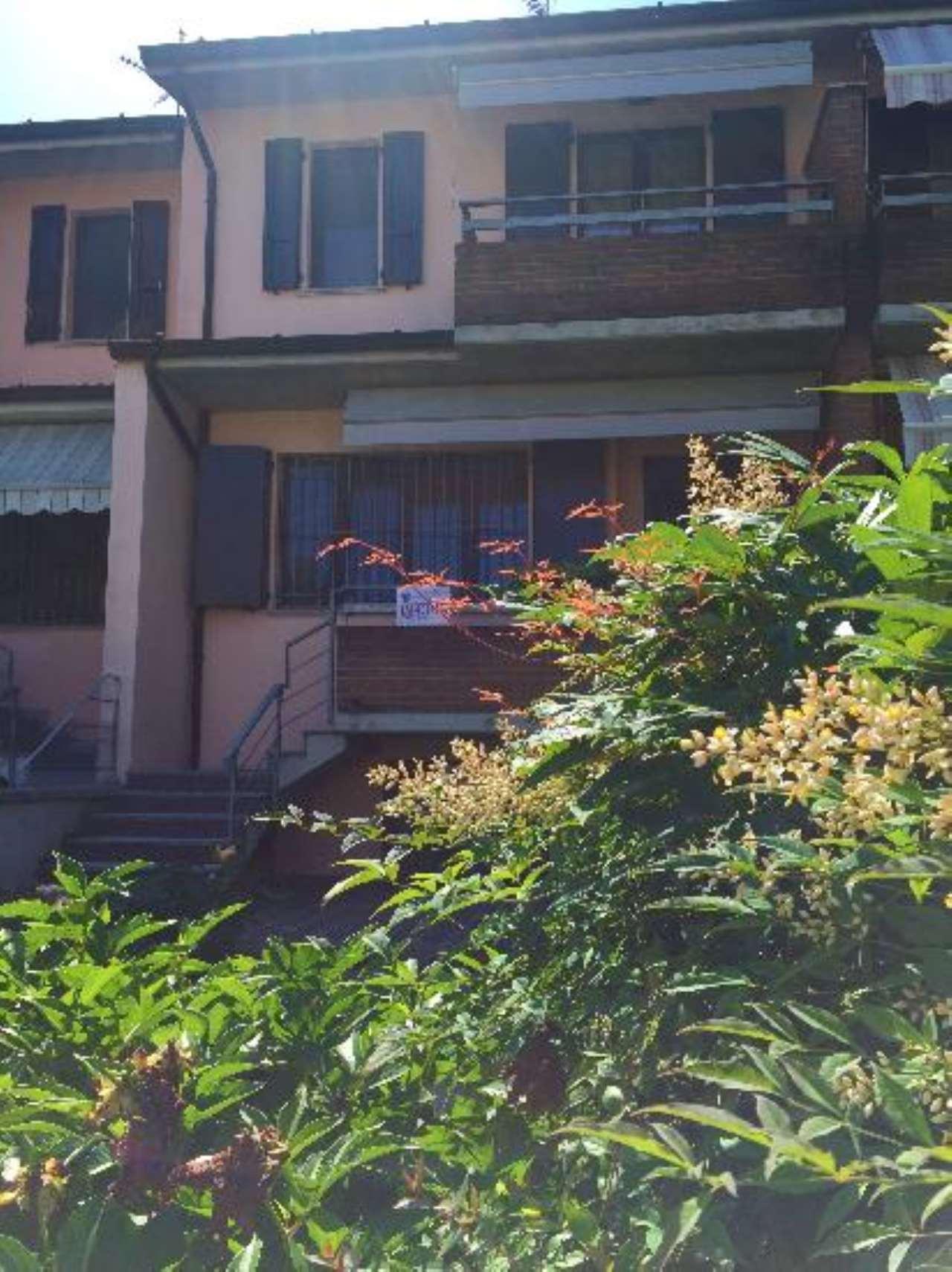 Villa a Schiera in vendita a Castelvetro Piacentino, 4 locali, prezzo € 197.000 | CambioCasa.it
