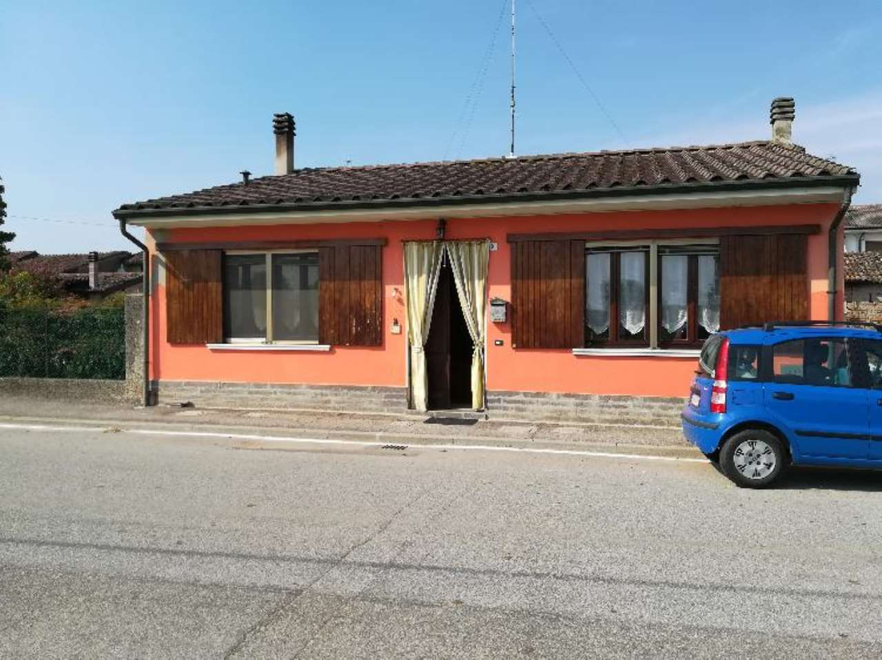 Villa in vendita a Pessina Cremonese, 3 locali, prezzo € 75.000 | CambioCasa.it