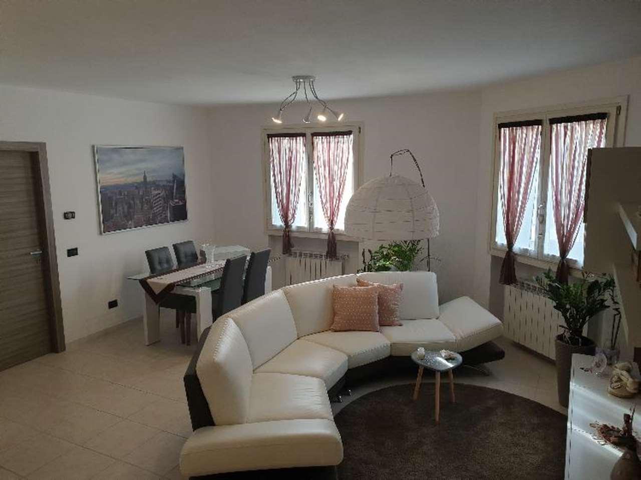 Villa a Schiera in vendita a Pescarolo ed Uniti, 4 locali, prezzo € 143.000 | CambioCasa.it