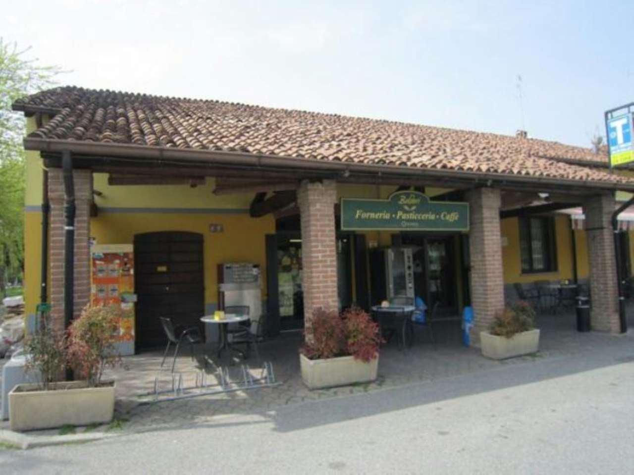 Negozio / Locale in vendita a Cremona, 5 locali, Trattative riservate | CambioCasa.it