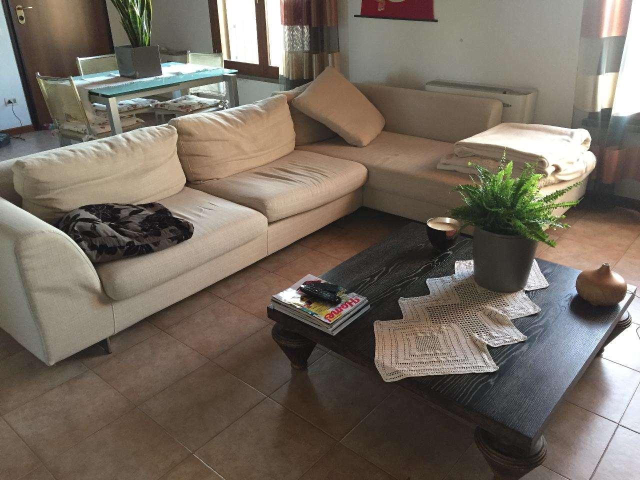 Appartamento in affitto a Castelvetro Piacentino, 3 locali, prezzo € 450 | CambioCasa.it