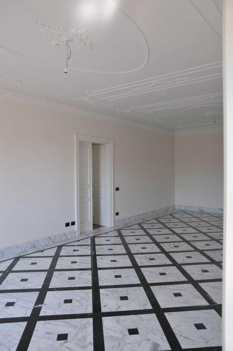 Appartamento in affitto a Chiavari, 8 locali, prezzo € 2.000 | PortaleAgenzieImmobiliari.it