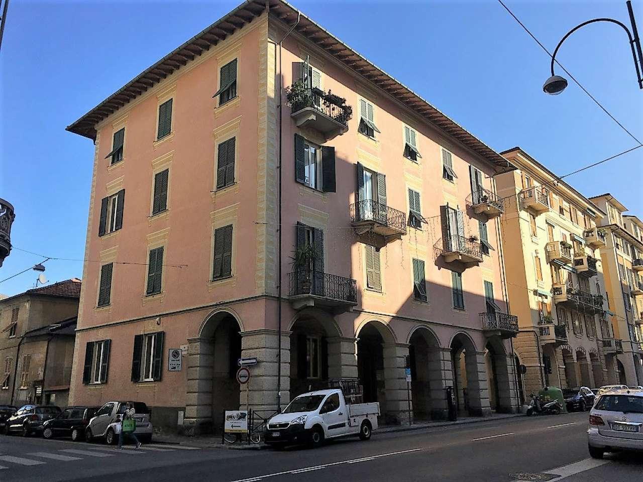Appartamento in vendita a Chiavari, 7 locali, prezzo € 390.000 | CambioCasa.it