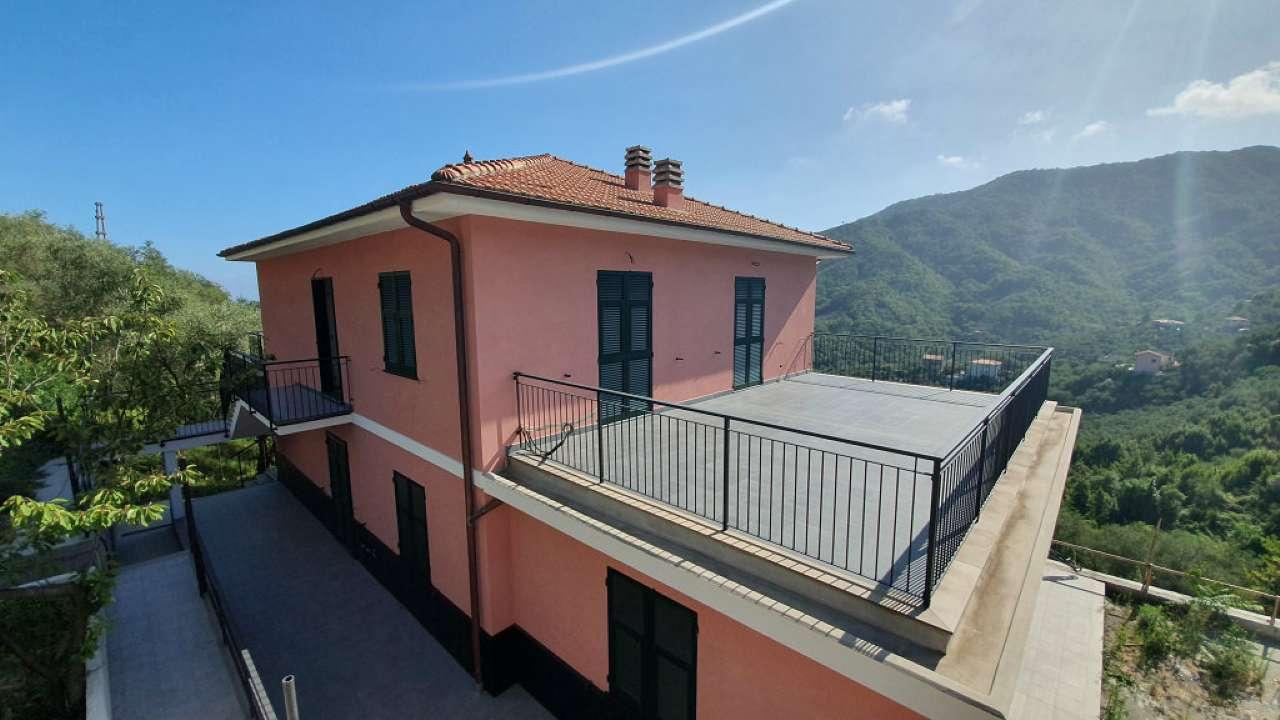 Appartamento in vendita a Leivi, 7 locali, prezzo € 330.000 | PortaleAgenzieImmobiliari.it