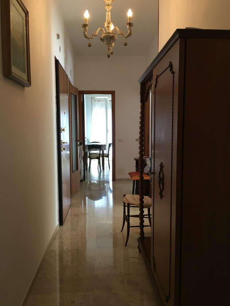 Appartamento in affitto a Chiavari, 6 locali, prezzo € 700 | PortaleAgenzieImmobiliari.it