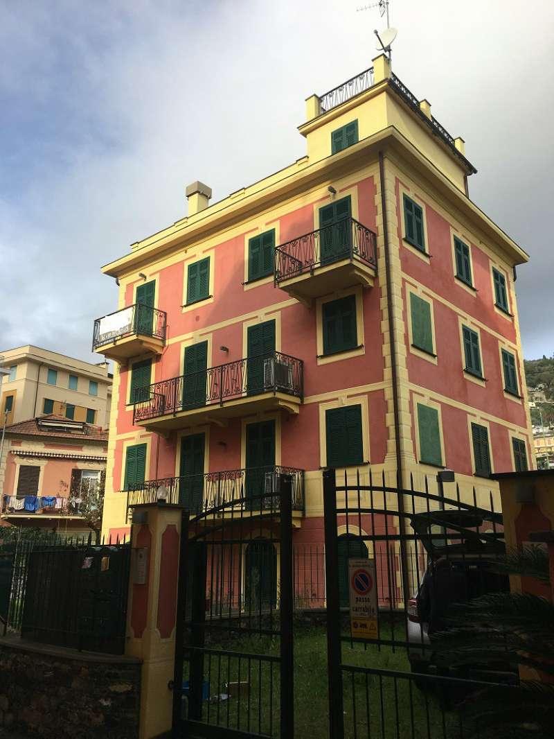 Appartamento in vendita a Santa Margherita Ligure, 6 locali, prezzo € 450.000 | CambioCasa.it