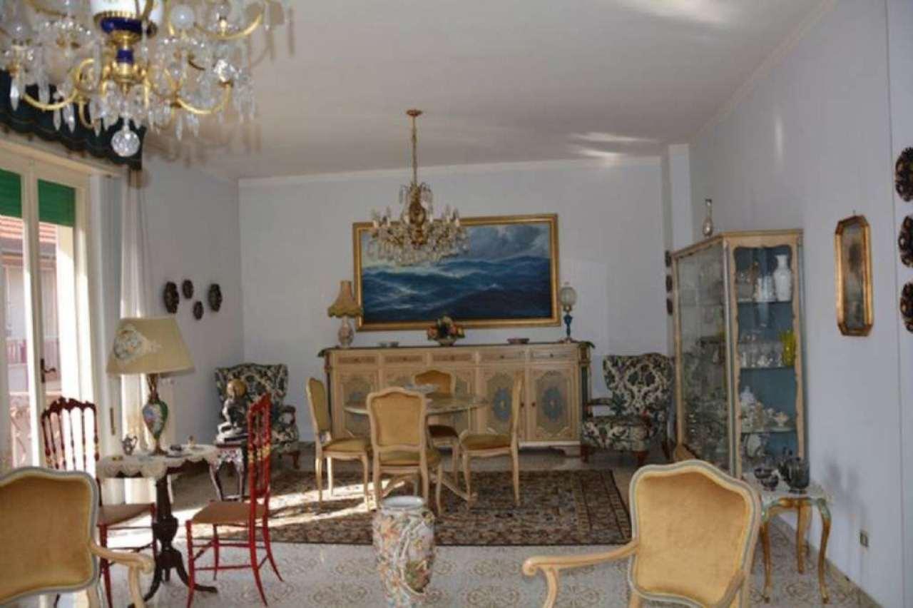 Appartamento in vendita a Chiavari, 6 locali, prezzo € 449.000 | PortaleAgenzieImmobiliari.it