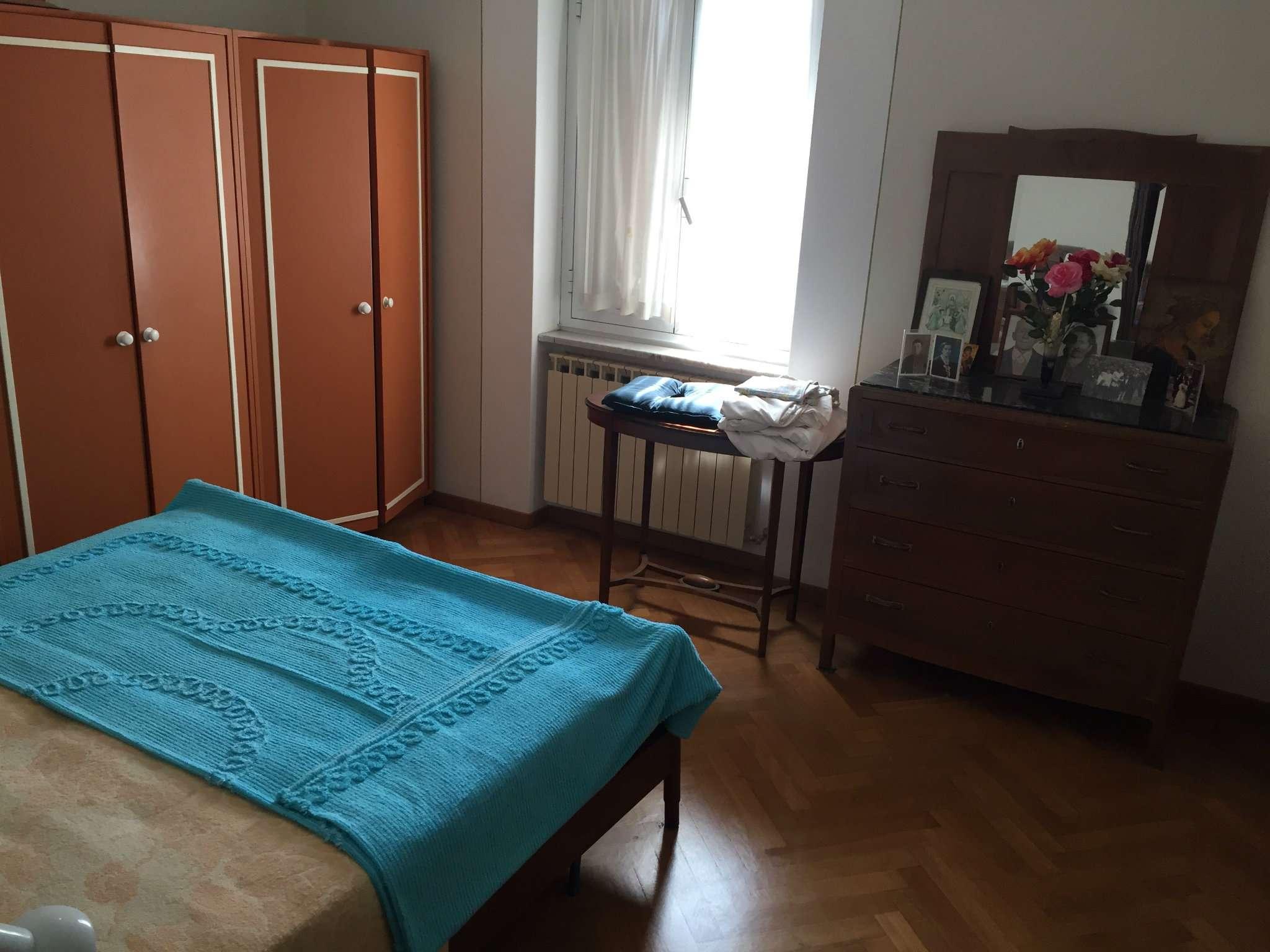 Appartamento in buone condizioni in vendita Rif. 7559332