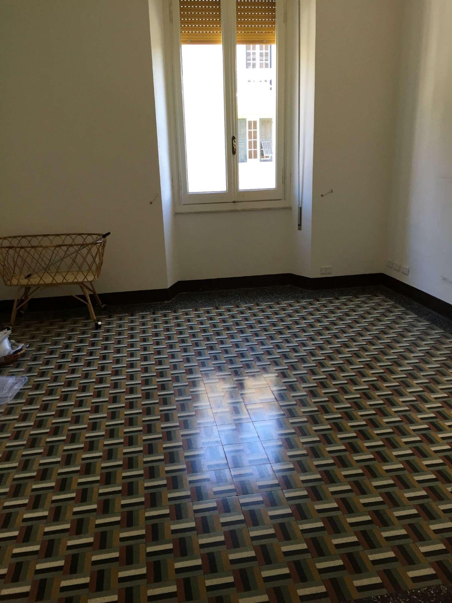 Appartamento in affitto a Chiavari, 5 locali, prezzo € 730 | CambioCasa.it