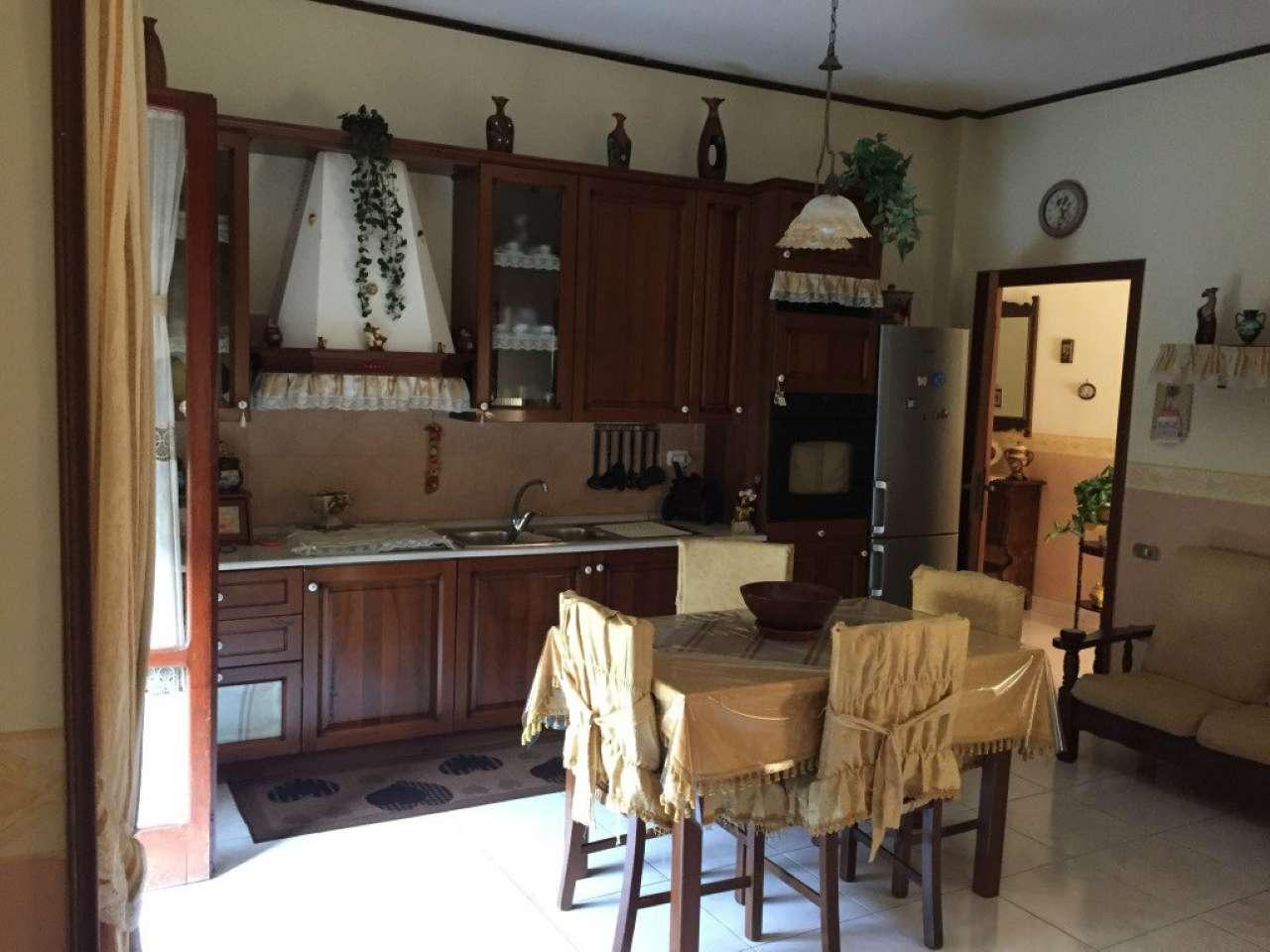 Appartamento in vendita a Villaricca, 3 locali, prezzo € 135.000   CambioCasa.it