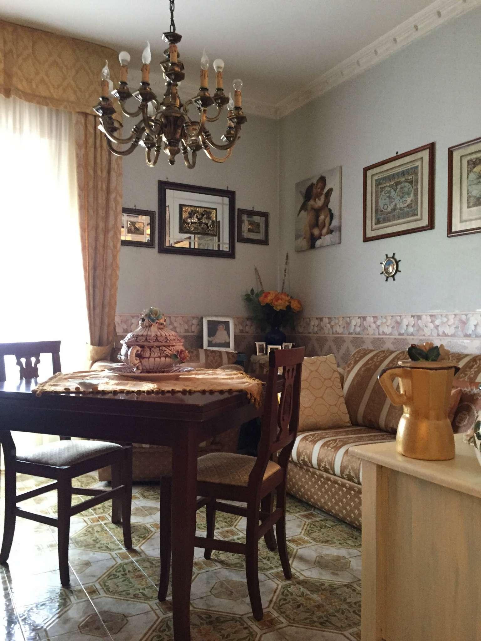 Appartamento in vendita a Giugliano in Campania, 4 locali, prezzo € 140.000   CambioCasa.it
