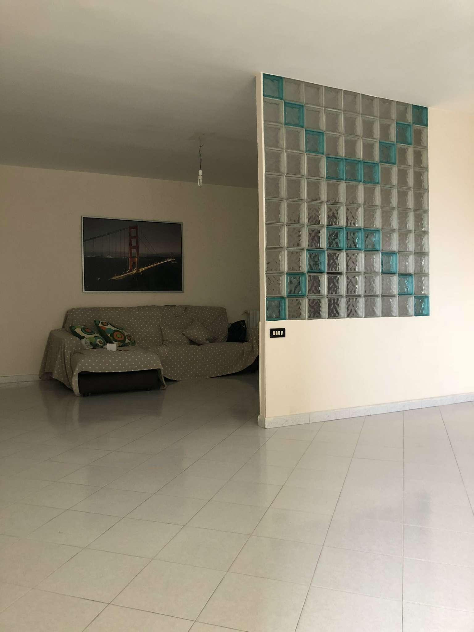 Appartamento in vendita a Villaricca, 3 locali, prezzo € 110.000   CambioCasa.it