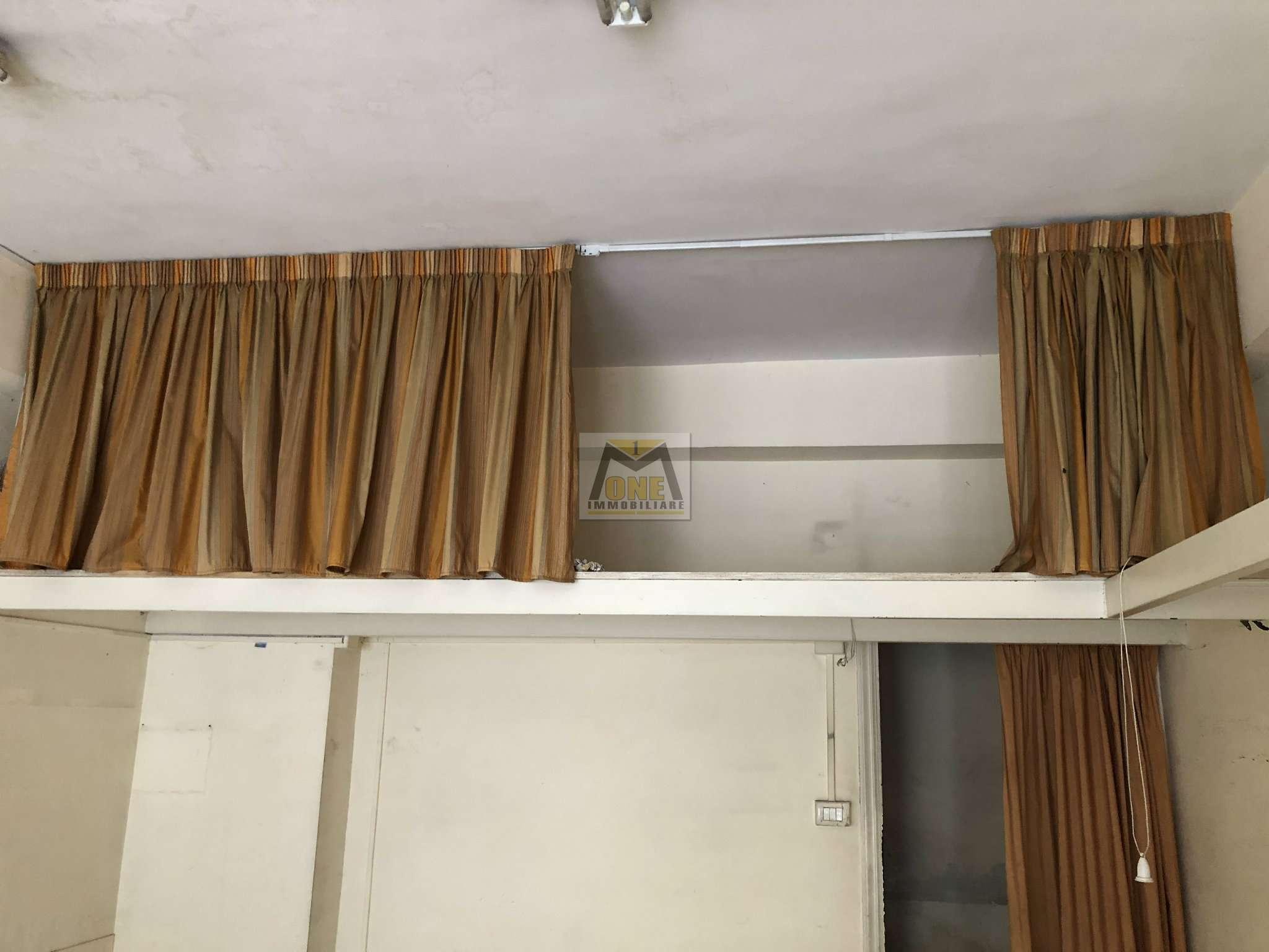 Negozio / Locale in affitto a Giugliano in Campania, 1 locali, prezzo € 450   CambioCasa.it