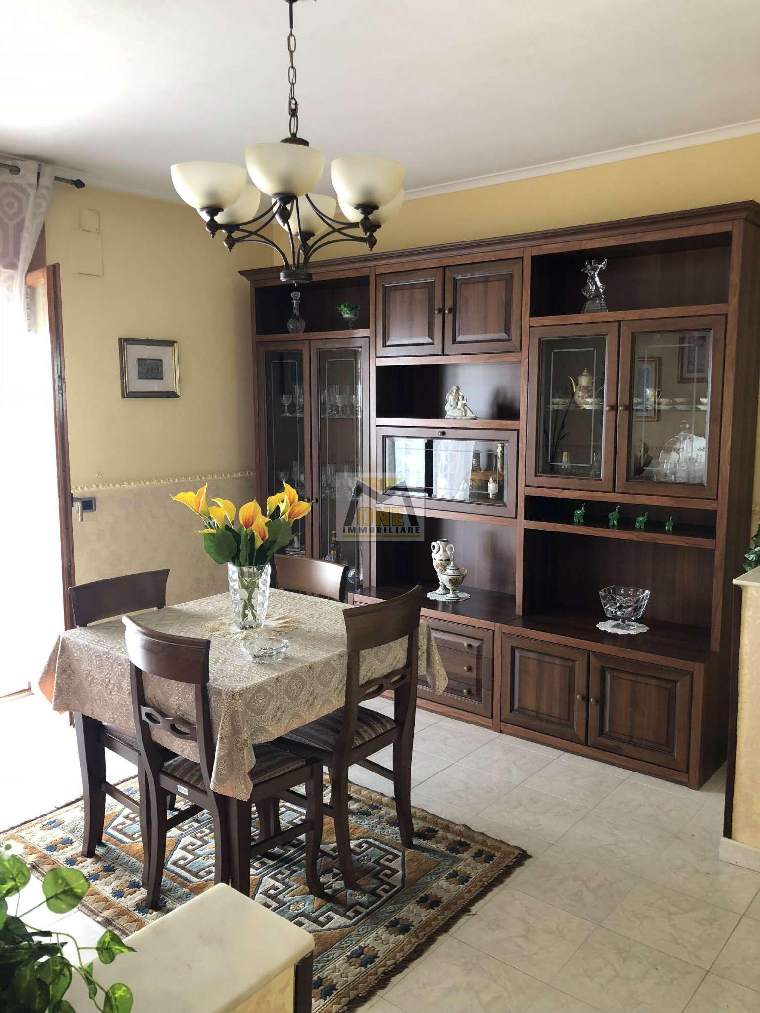Appartamento in vendita a Giugliano in Campania, 4 locali, prezzo € 155.000   CambioCasa.it