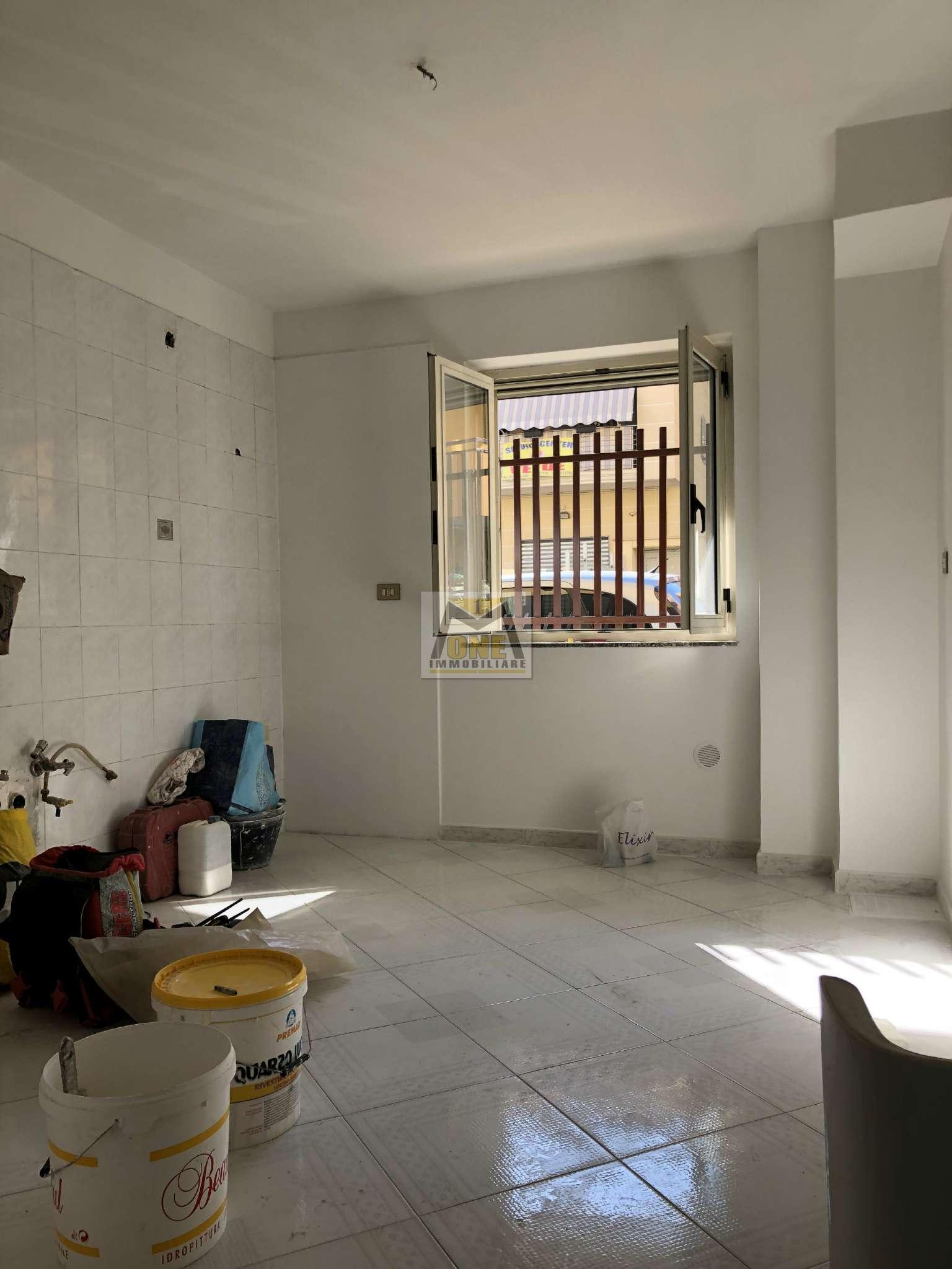 Ufficio / Studio in affitto a Giugliano in Campania, 3 locali, prezzo € 350   CambioCasa.it