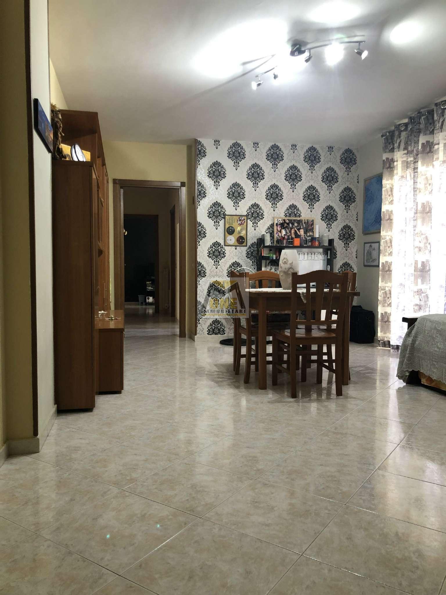 Appartamento in ottime condizioni in vendita Rif. 8523538