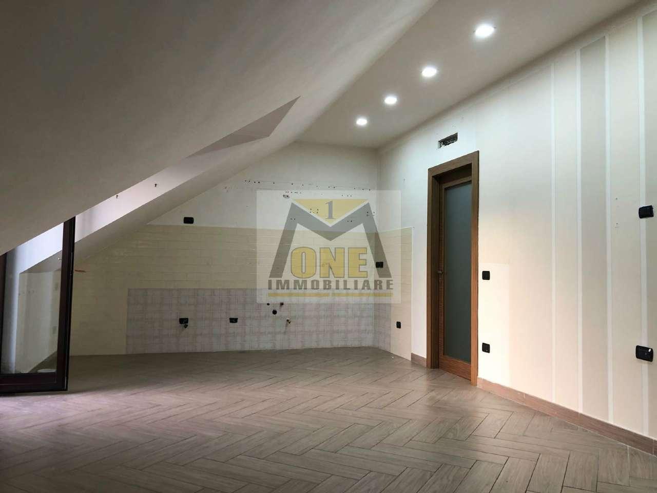 Attico / Mansarda in affitto a Giugliano in Campania, 3 locali, prezzo € 450 | CambioCasa.it