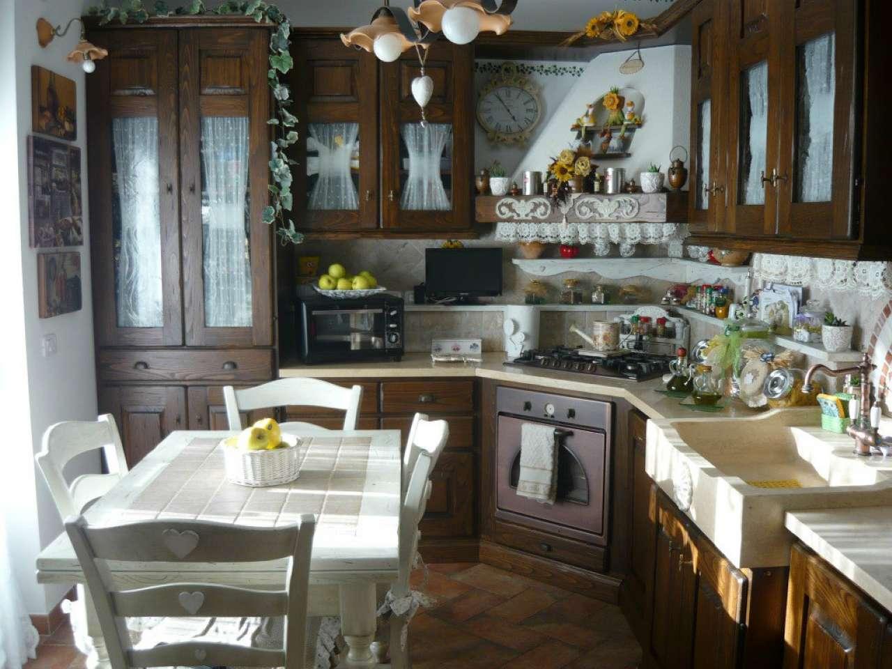 Albinia- Appartamento nuovo con 2 camere, bagno, cucina, soggiorno, garage, cantina.  Rif. 10/A