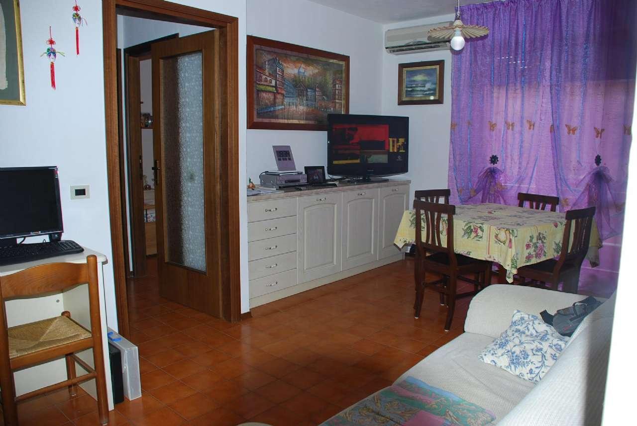 Albinia- Appartamento 1° piano con ascensore, soggiorno, 2 camere, Posto auto. Rif. 2/A