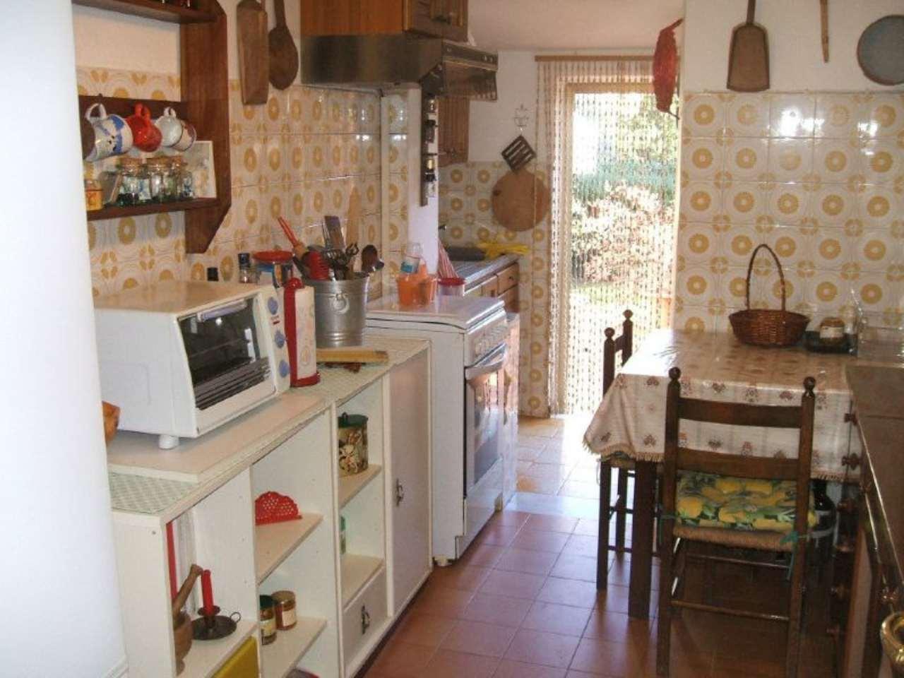 ORBETELLO GIANNELLA-  Appartamento a 100 mt dal mare con 2 camere. Rif. Giannella