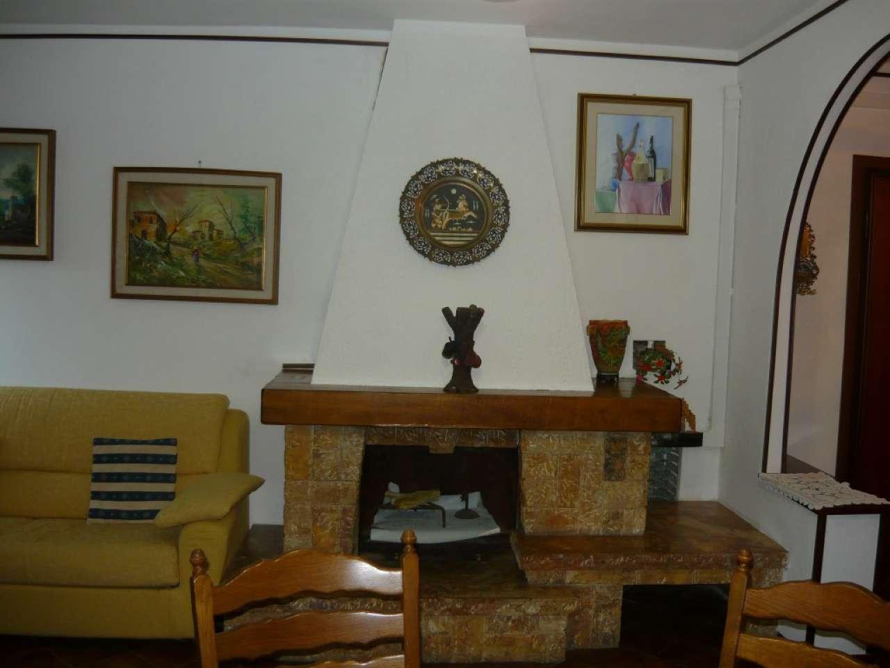 Appartamento ristrutturato parzialmente arredato in vendita Rif. 8443987